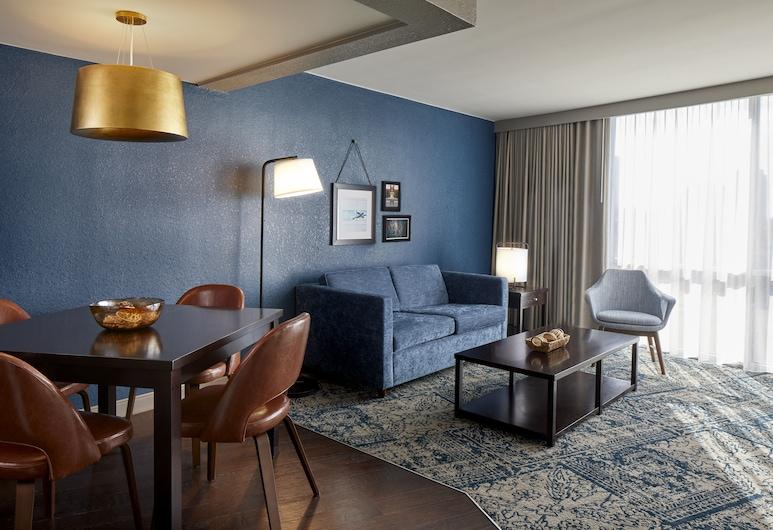 Four Points by Sheraton Tallahassee Downtown, Talahasis, Žemesnės liukso klasės numeris, 1 labai didelė dvigulė lova, Nerūkantiesiems, Svetainės zona