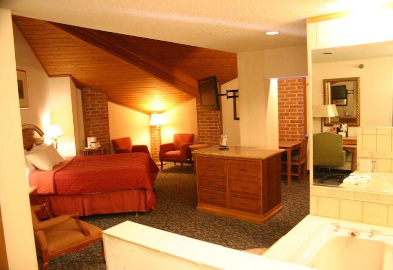 American Inn and Suites Ionia, Ιωνία, Executive Σουίτα, 1 King Κρεβάτι με Καναπέ-Κρεβάτι, Μπανιέρα με Υδρομασάζ, Δωμάτιο επισκεπτών