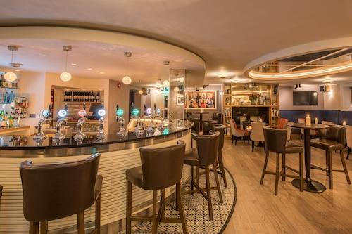 克魯海灣飯店/