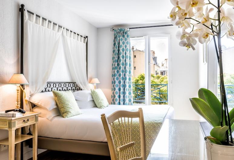 Villa Alessandra, Pariis, Kolmetuba, Tuba