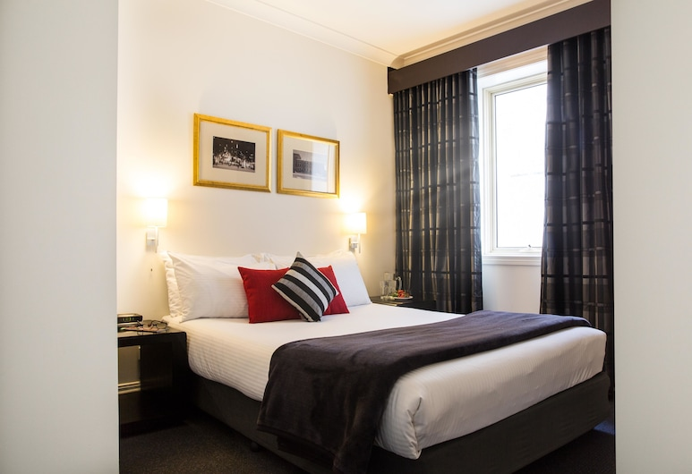 Collins Hotel, Melbourne, One Bedroom Apartment, Room