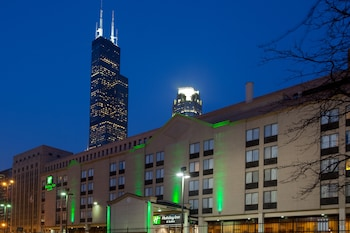 Picture of Holiday Inn & Suites Chicago - Downtown in Chicago