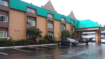 Picture of Sutton Suites & Extended Stays in SeaTac