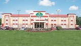 Reserve this hotel in O'Fallon, Illinois