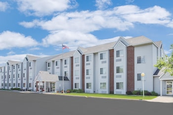 Picture of Microtel Inn & Suites by Wyndham Fond Du Lac in Fond du Lac