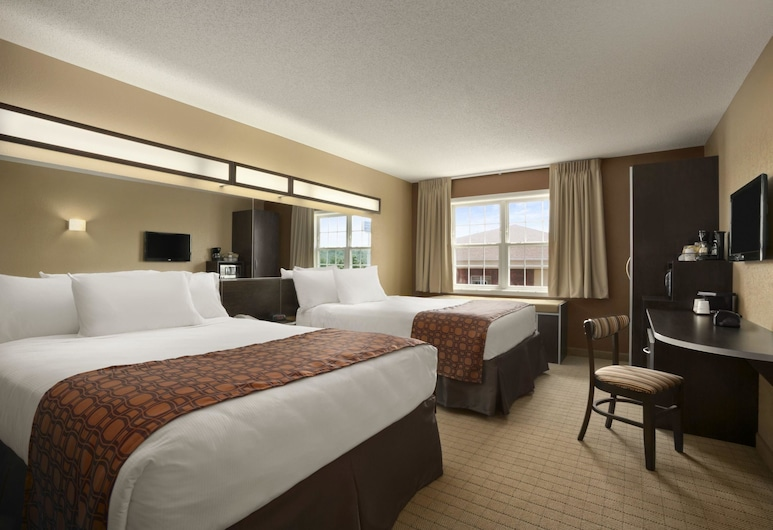 Microtel Inn By Wyndham Mineral Wells/Parkersburg, Mineralwells, Standard Room, 2 Queen Beds, Non Smoking, Guest Room
