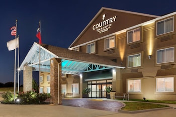 Picture of Country Inn & Suites by Radisson, Fort Worth West l-30 NAS JRB in Fort Worth