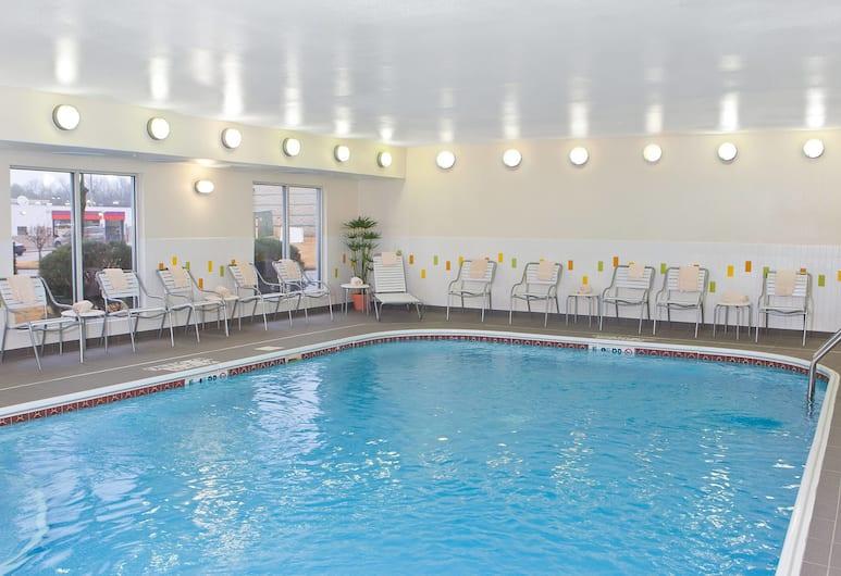 Fairfield Inn & Suites by Marriott Memphis East/Galleria, Memphis, Pool