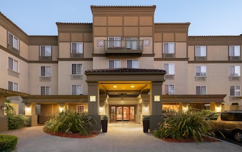תמונה של Larkspur Landing Sunnyvale - An All-Suite Hotel בסאניווייל