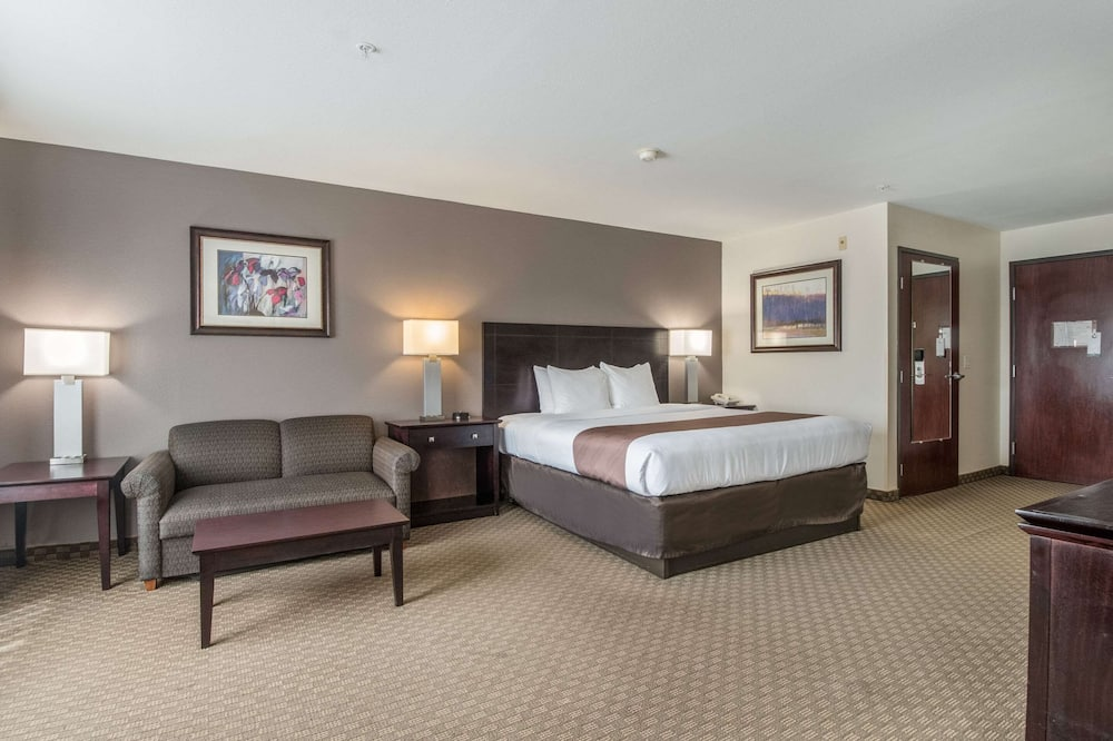 Junior Suite, 1 King Bed, Non Smoking - Guest Room
