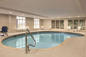 Picture of Country Inn & Suites by Radisson, Chattanooga-Lookout Mountain in Chattanooga (and vicinity)