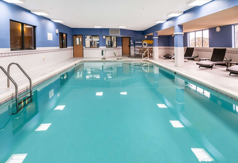 Quality Inn, Fremont, New Hampshire, Pool
