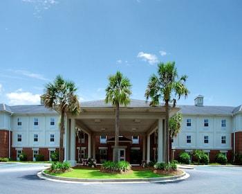 Picture of Comfort Inn & Suites Patriots Point in Mount Pleasant