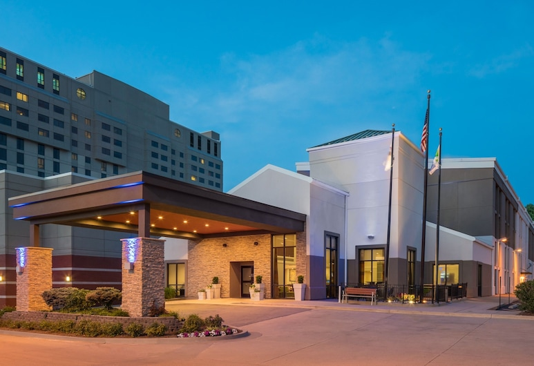 Holiday Inn Express Springfield, Springfield