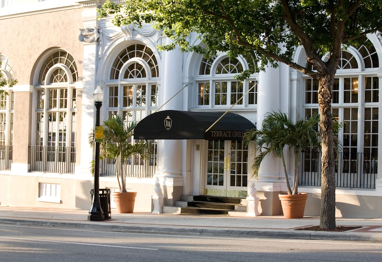 The Terrace Hotel, Lakeland, Hotel Front