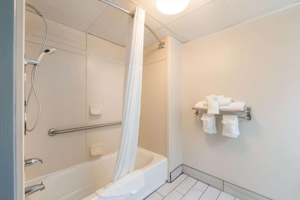 Værelse - 1 kingsize-seng - handicapvenligt - ikke-ryger - Badeværelse