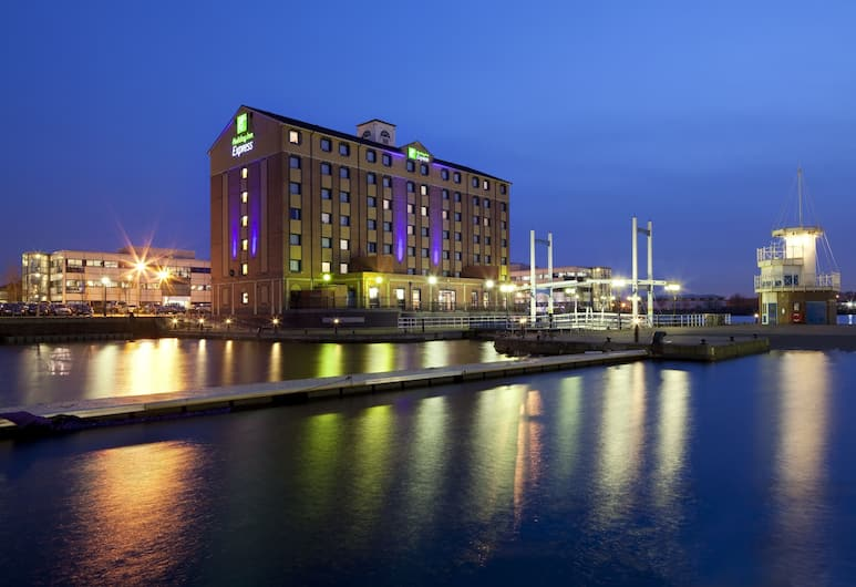 Holiday Inn Express Manchester - Salford Quays, Salford, Exterior