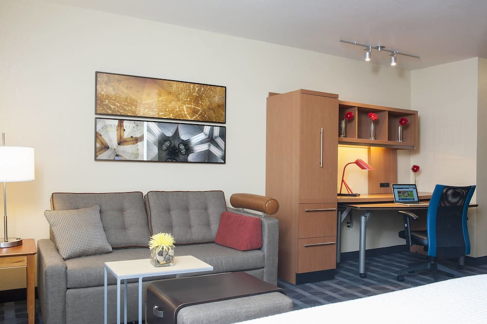 TownePlace Suites by Marriott Indianapolis Park 100