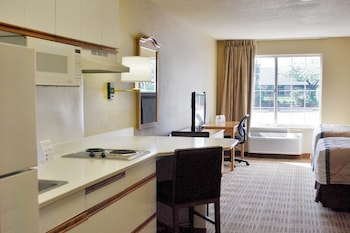 Picture of Extended Stay America Suites St Louis Westport Central in Maryland Heights