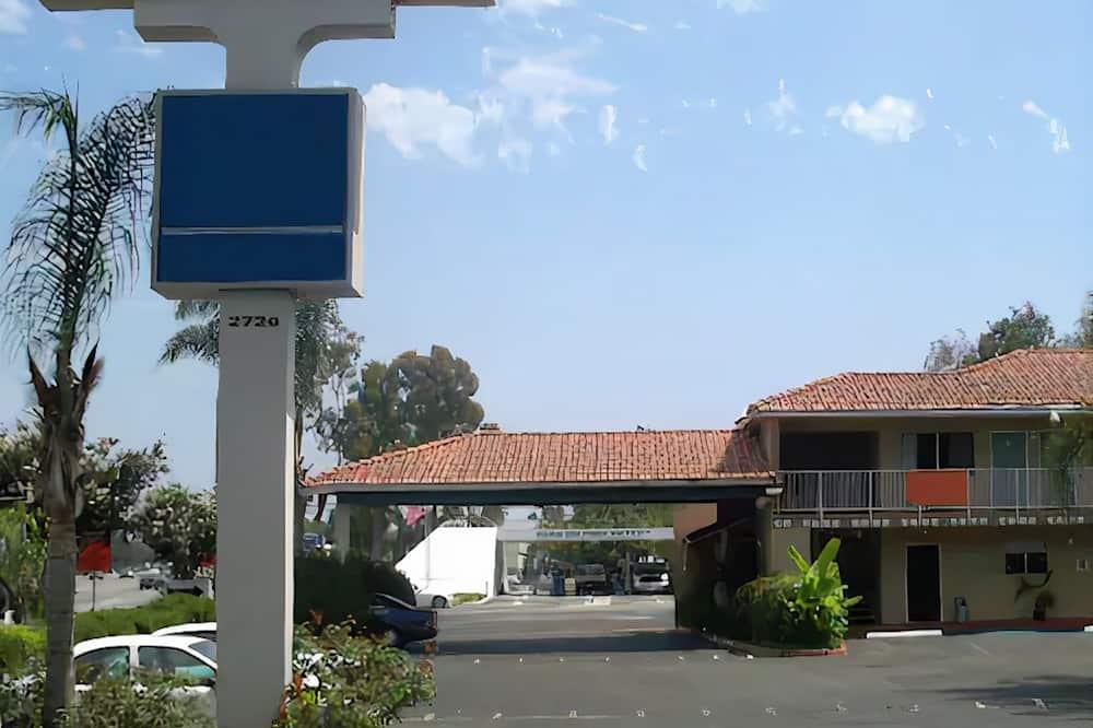 Civic Center Inn Santa Ana, Santa Ana