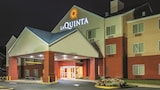 Choose This Pool Hotel in Manassas