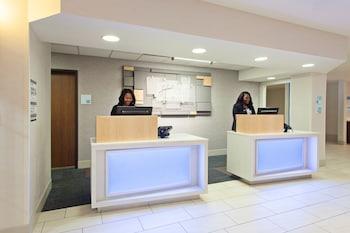 Gambar Holiday Inn Express Hotel & Suites Oakland-Airport di Oakland