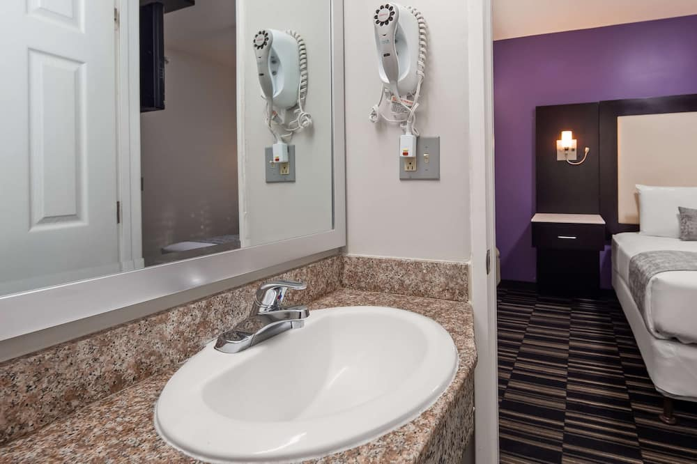 Standard Room, 1 Katil Ratu (Queen), Non Smoking, Refrigerator & Microwave - Bilik mandi