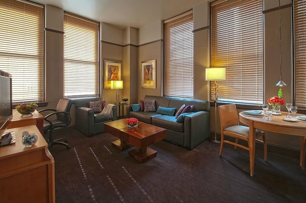 Suite, 1 Queen-Bett, barrierefrei - Wohnzimmer
