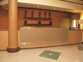 Hình ảnh La Quinta Inn & Suites Raleigh/Durham Southpoint tại Durham
