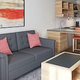 Room, 2 Bedrooms, Accessible, Non Smoking (2 Bathrooms, Roll-In Shower) - Living Area