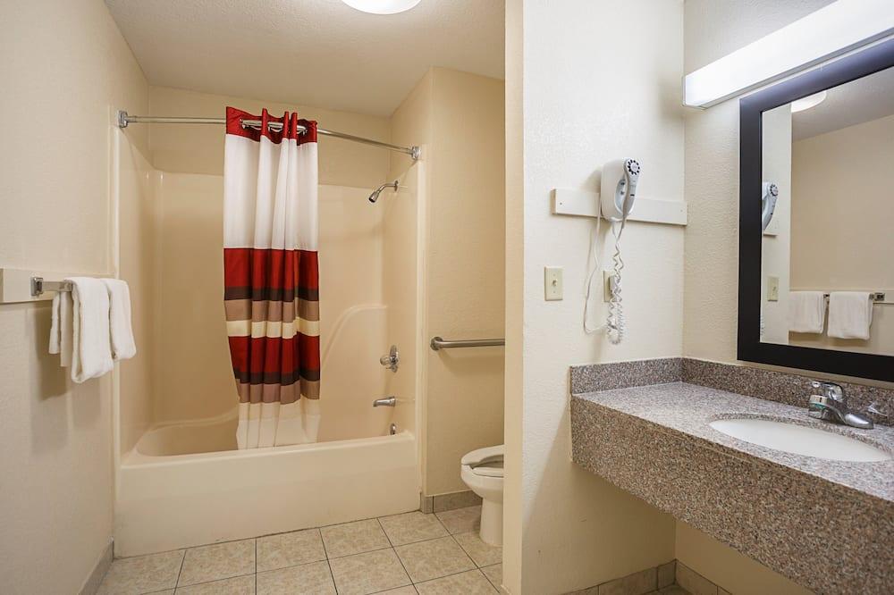 Quarto Standard, 1 cama king-size, Acessível, Não-fumadores - Casa de banho