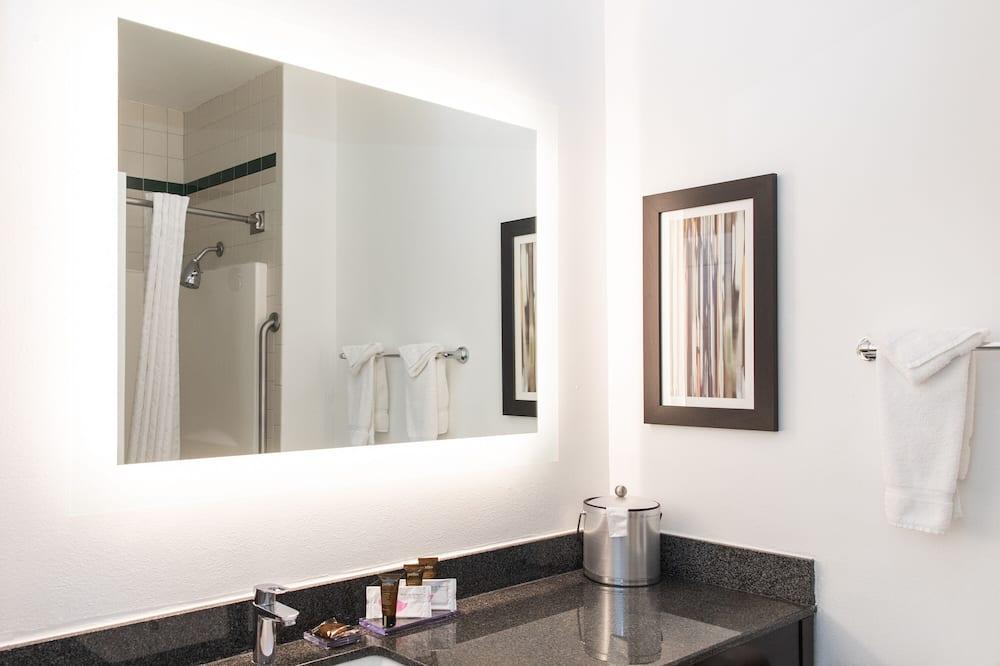 Standardzimmer, 1King-Bett - Badezimmer