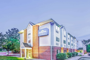 Picture of Microtel Inn by Wyndham Newport News Airport in Newport News