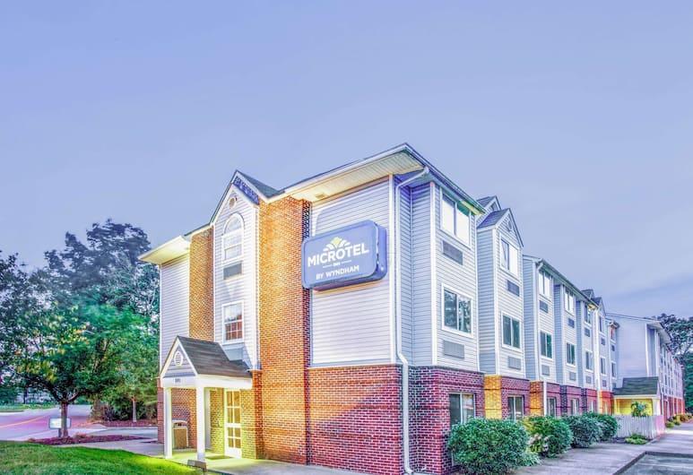 Microtel Inn by Wyndham Newport News Airport, Newport News