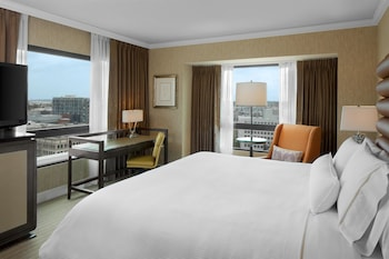 Enter your dates to get the Portland hotel deal