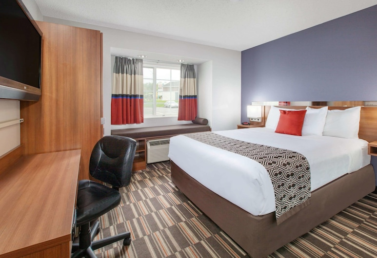Microtel Inn & Suites by Wyndham Pittsburgh Airport, Pittsburgh, Room, 1 Queen Bed, Non Smoking, Guest Room