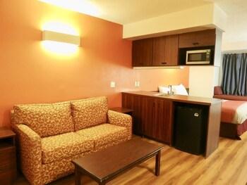 Picture of Motel 6 Streetsboro OH in Streetsboro