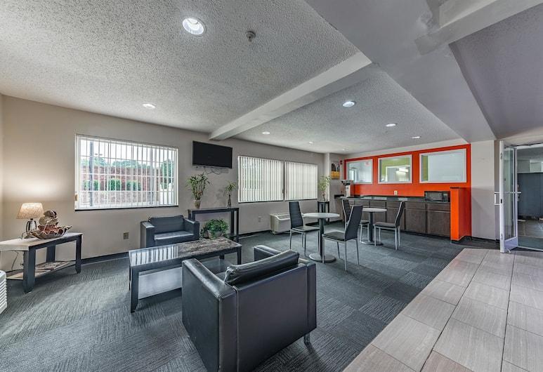 Motel 6 Charlotte - University, Charlotte, Lobby