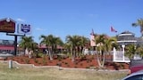 Choose This Cheap Hotel in Port Charlotte