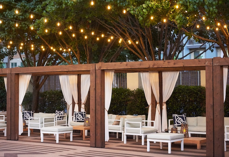 DoubleTree by Hilton Dallas - Market Center, Dallas, Terrasse/Patio