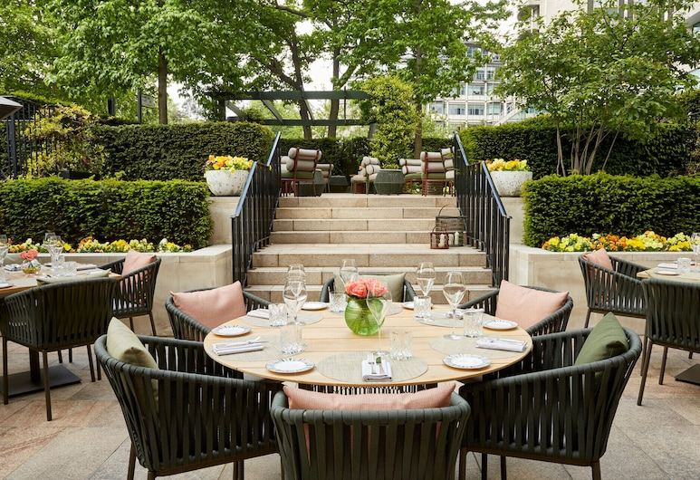 Four Seasons Hotel London at Park Lane, London, Terrasse/veranda
