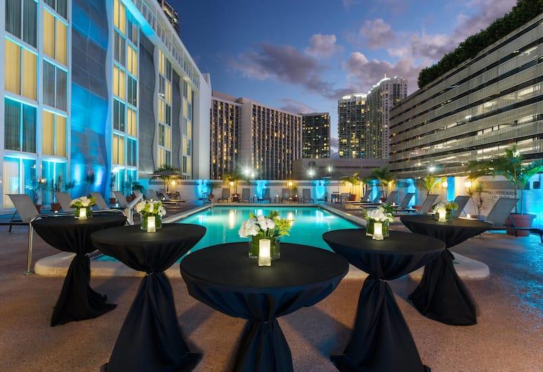 Courtyard by Marriott Miami Downtown, Miami, Açık Yüzme Havuzu