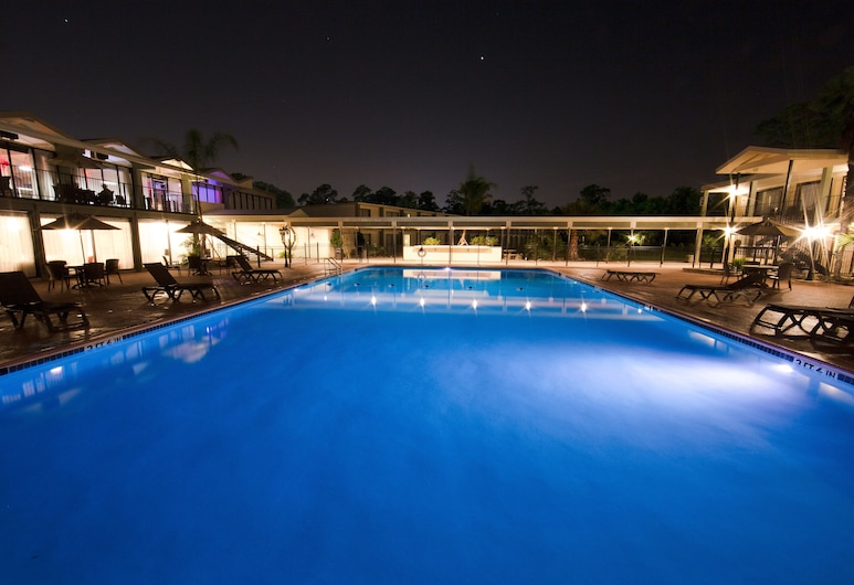 Ramada by Wyndham Houston Intercontinental Airport East, Humble, Outdoor Pool