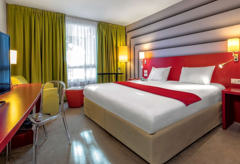 ibis Styles Avignon Sud, Avignon, Standard Double Room, 1 Double Bed with Sofa bed, Guest Room