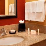 Suite, Multiple Beds - Bathroom