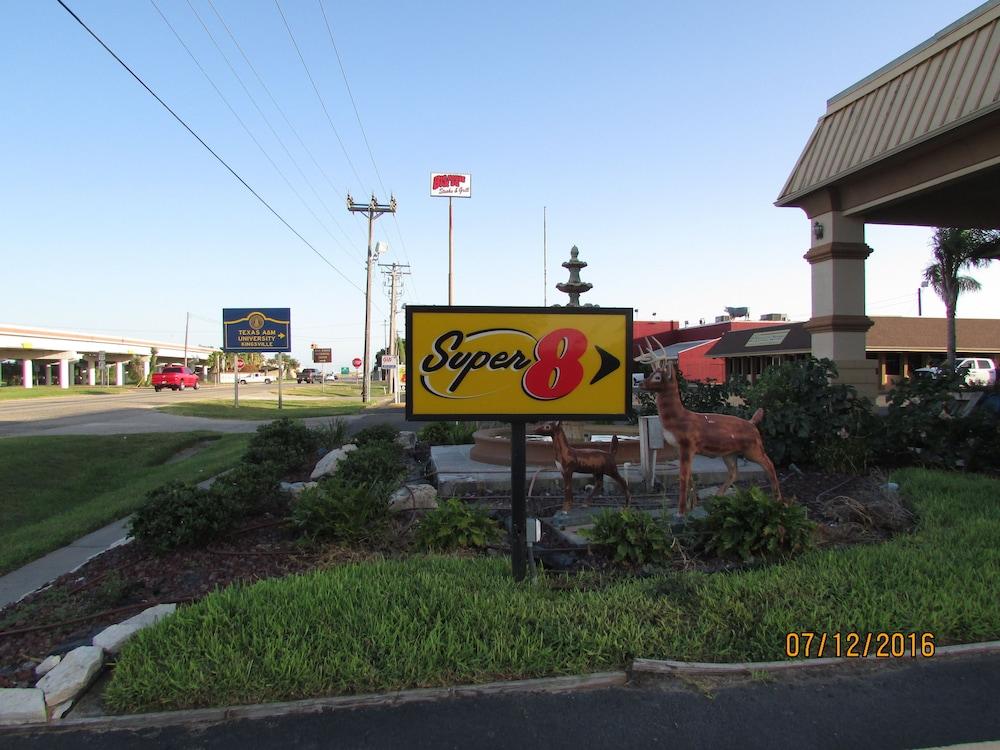 Super 8 Kingsville, Kingsville