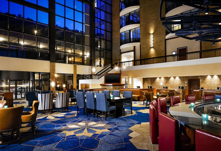 Sheraton Pittsburgh Hotel at Station Square, Pittsburgh, Lobby