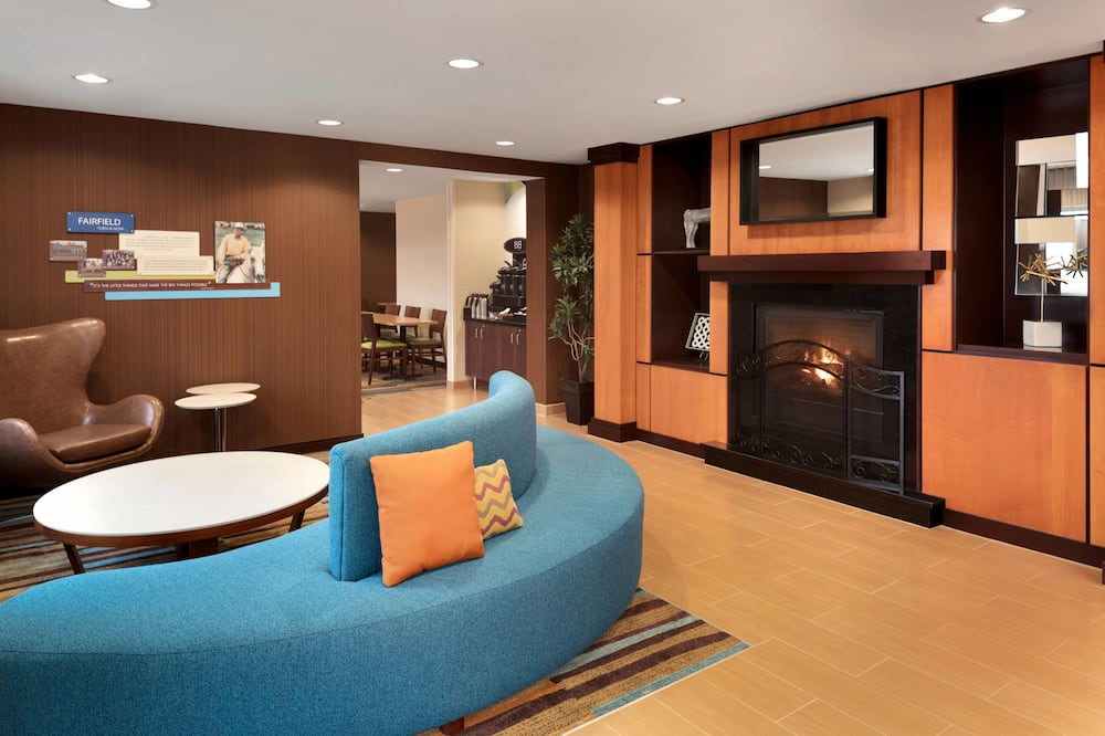 Fairfield Inn & Suites by Marriott Minneapolis Bloomington/Mall of America, Bloomington