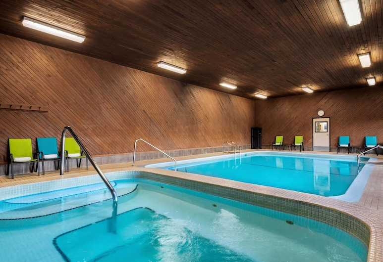 Travelodge by Wyndham Abbotsford Bakerview, Abbotsford, Pool