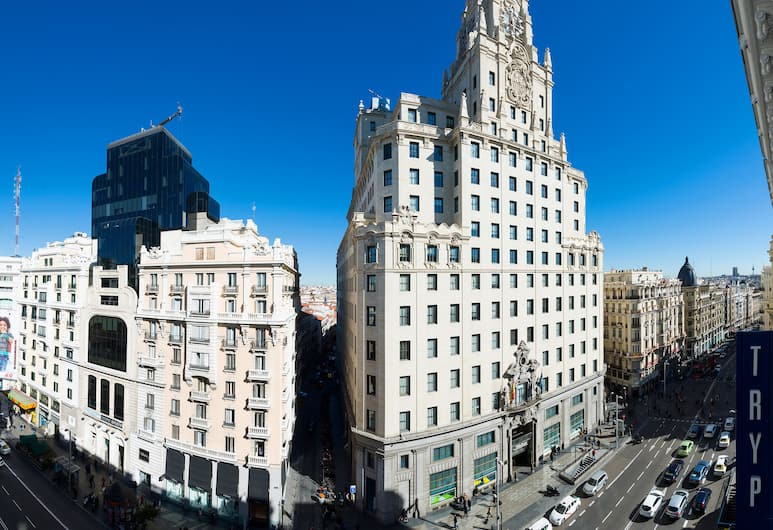 Hotel Madrid Gran Vía 25, managed by Melia, Madride, Skats no viesnīcas